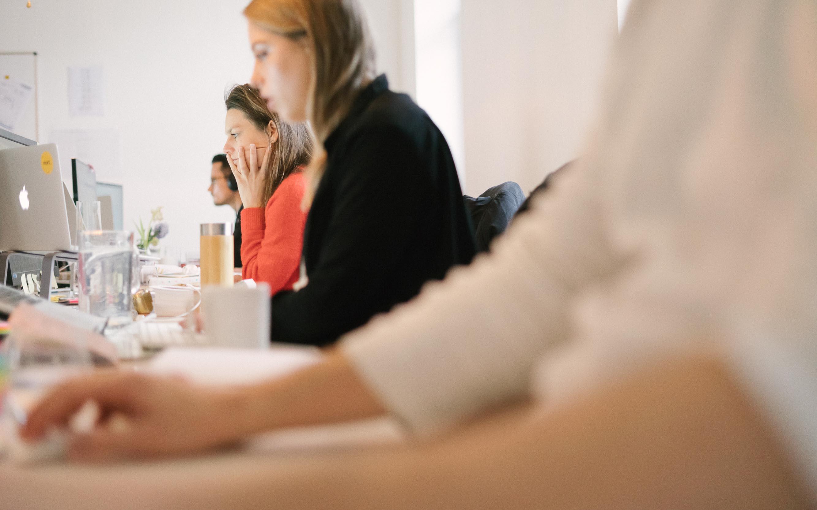 In unserer Frankfurter Agentur für Public Relations next arbeiten Experten im Bereich des Social-Media-Influencing an kreativen Konzepten.
